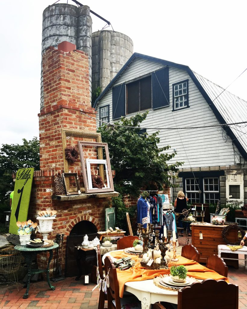 Chartreuse & co barn