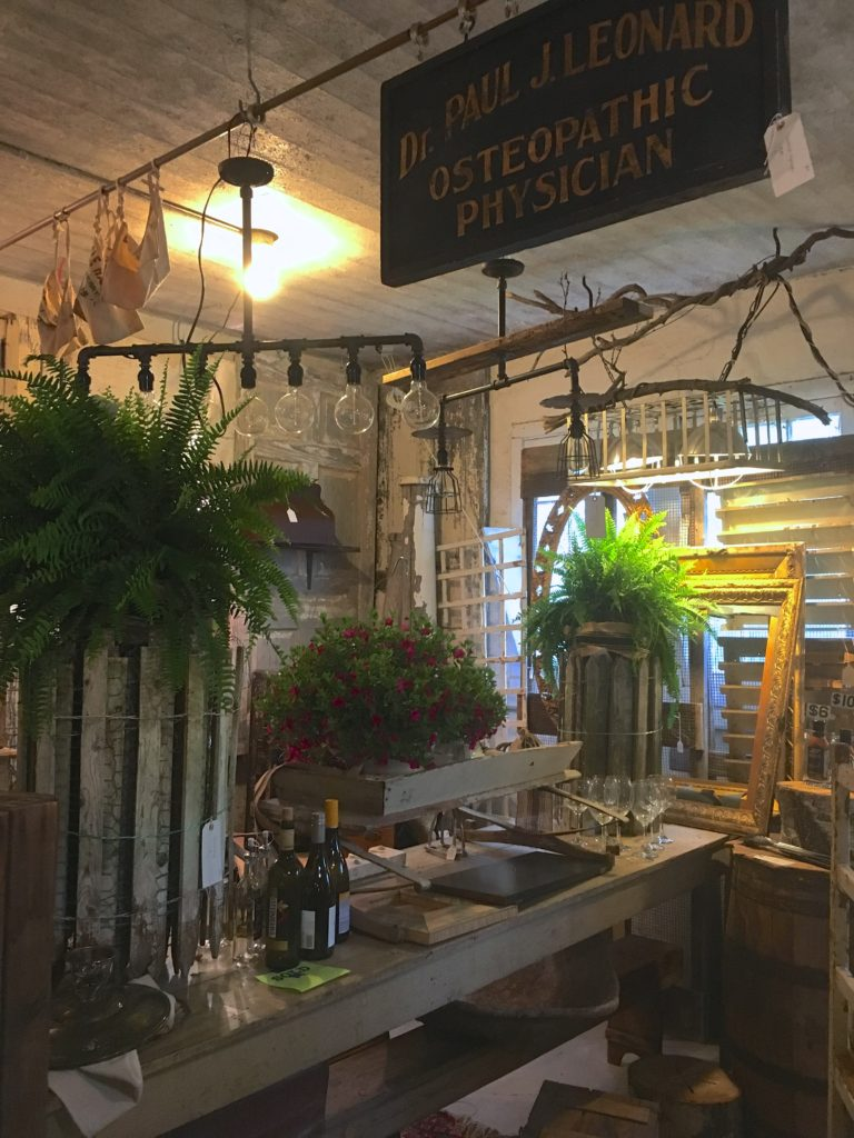 Chartreuse & co. Spring market