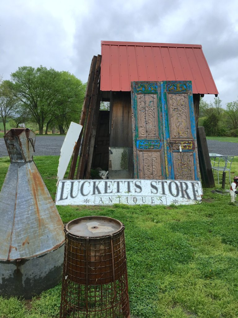 Old Lucketts Store